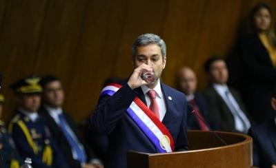 HOY / Con economía en baja de fondo  Abdo informa al Congreso:  luces y sombras del primer año
