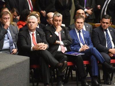 Cuestionan lentitud del Ejecutivo y falta de respuesta a la economía