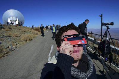 Chile y Argentina aguardan con expectación eclipse total de Sol
