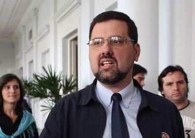 Exministro Luis Riart fue condenado a 3 años de prisión