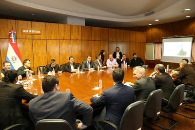"""Benigno López habló con diputados de la """"necesidad"""" de instalar nuevo régimen tributario"""