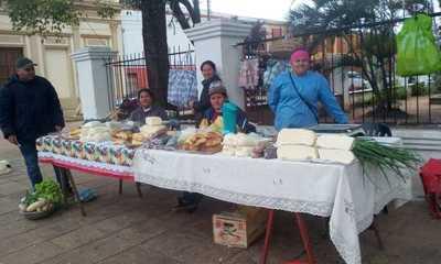 Mujeres emprendedoras del Programa Tekopora realizan Feria de Productos en San Pedro
