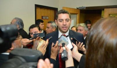 No hay motivos para enjuiciar a Abdo Benítez, afirma Alliana