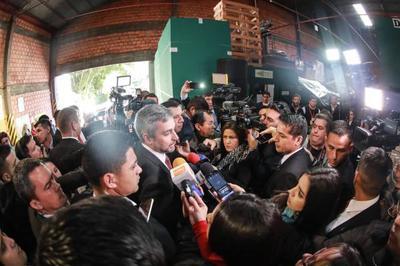 Gobierno avanza en acuerdo automotriz con Brasil
