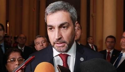 """Abdo Benítez afirma que si hay votos dejará """"tranquilo"""" el cargo"""