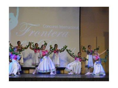 Concurso reúne a bailarinas internacionales en Encarnación