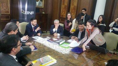 Coordinadora campesina entregó la lista de 13.000 productores para compra de deudas