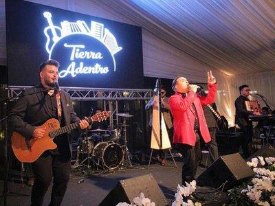 Tierra Adentro lanza nuevo álbum