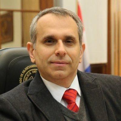 Acusado de acoso sexual, Kriskovich debe renunciar, según Senadores