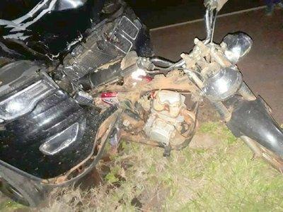Mueren 3 integrantes de una familia que viajaba en una motocicleta