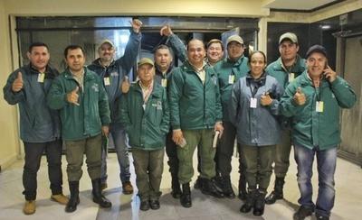 HOY / Aprueban proyecto que favorece a guardaparques