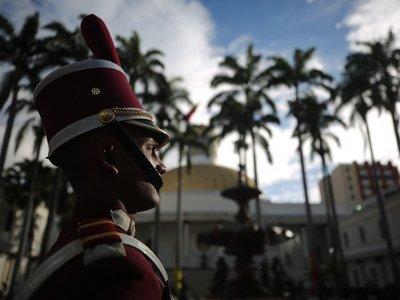Rusia promete continuar fortaleciendo la capacidad militar de Venezuela