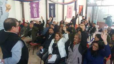 Docentes anuncian huelga desde el 24 de agosto