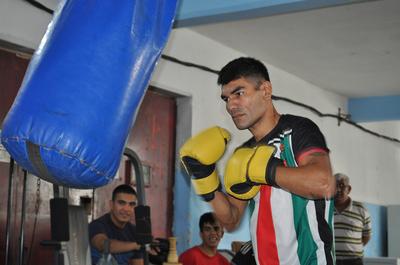Pelea de box por el título sudamericano en el lugar menos pensado: Penal de Tacumbú