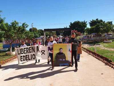 Familiares de Edelio recuerdan 5 años de cautiverio