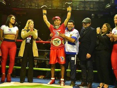 La Pantera Moray gana título del Sudamericano de Boxeo