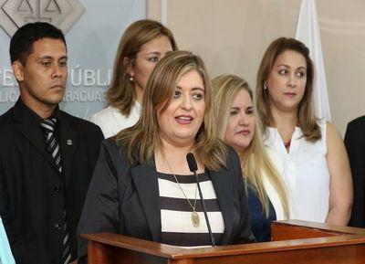 Piden a Abdo Benítez garantizar las acciones de los agentes fiscales