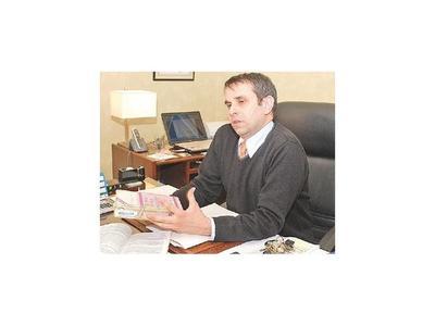 Kriskovich se resiste y no piensa renunciar al cargo