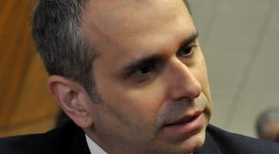 1.600 'wasapeo hot' versus 'galanteo inocente': colegas de Kriskovich apoyan al acusado