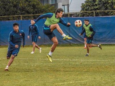 Russo perfila el onceno en Cerro Porteño