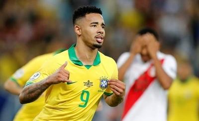 HOY / Gabriel Jesus en el último instante pone en ventaja a Brasil al descanso