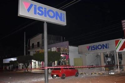 Fiscales investigan asalto a banco de Liberación