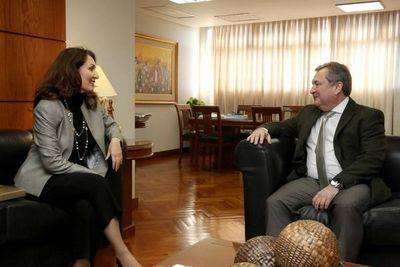 Embajadora de Turquía se reúne con titular de la Corte
