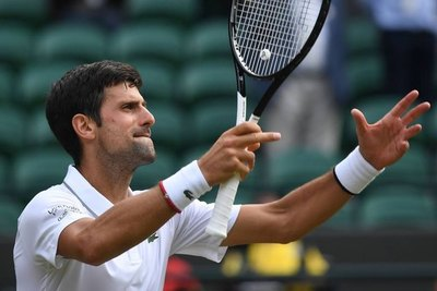Djokovic y Nadal avanzan a cuartos de Wimbledon