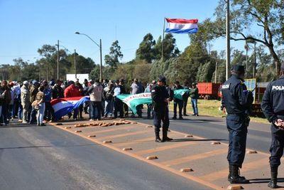 Mandioqueros exigen subsidio en Caaguazú