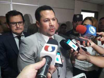 """Ulises Quintana responde a Giuzzio: """"Es un figureti y lo acuso de corrupto"""""""