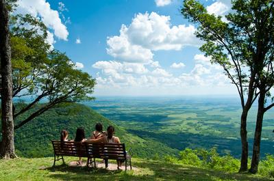 Convenio entre Senatur y STP busca fortalecer políticas públicas en turismo