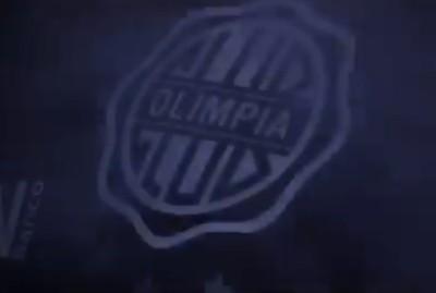 Expectativa por la nueva camiseta alternativa de Olimpia