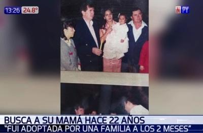 Desde hace 22 años busca a su madre biológica
