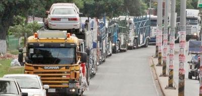 Paraguay espera cerrar acuerdo automotriz con Brasil a final de año