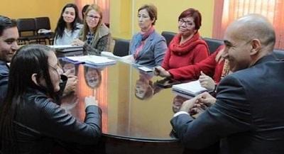Ministerio de Salud responde a niña que padece enfermedad incurable