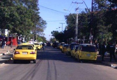 """""""Enjambre amarillo"""" anuncia movilizaciones; la Policía no interviene sin orden fiscal y la Fiscalía le saca la cola a la jeringa"""