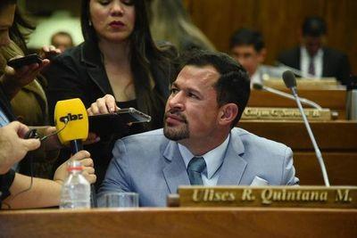 Ulises Quintana asume en Diputados en medio de roncha