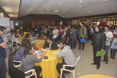Ofrecen 100 vacancias laborales en la Expo