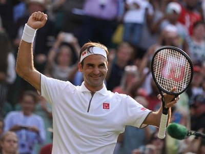 Federer esquiva la trampa de Nishikori y suma 100 victorias en Wimbledon