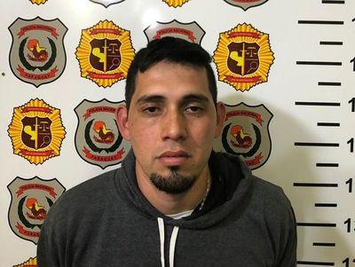"""Detienen a hombre que habría disparado contra policía y se desinfla versión de """"atentado"""""""