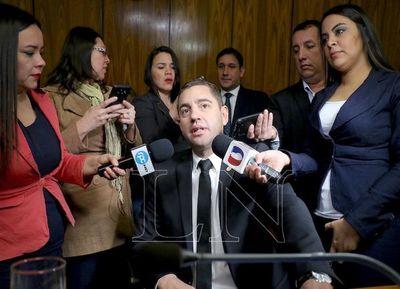 Pedro Alliana elimina direcciones y secretarías creadas por Cuevas