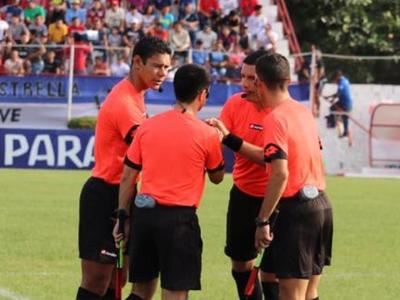 Árbitros de la fecha 1 del Clausura 2019