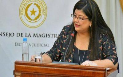 Congreso elige a la candidata del Ejecutivo para ministra de la Corte