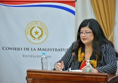 CAROLINA LLANES, NUEVA MINISTRA DE LA CORTE SUPREMA