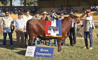 Expo MRA coronó en la pista a los primeros Grandes Campeones
