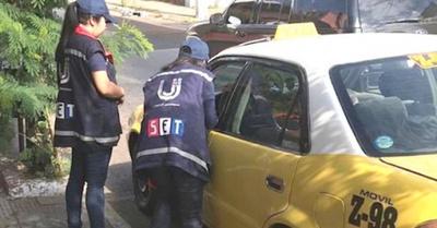 SET realizó vicheo sorpresa a varias  paradas de taxi