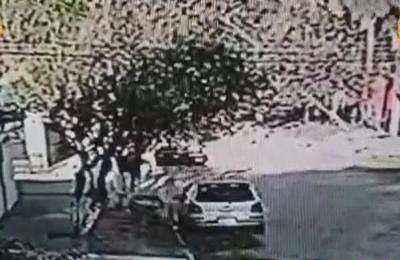 Así roban vehículo frente a cooperativa en Ciudad de Luque