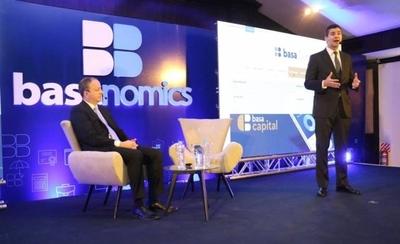 """HOY / Basanomics en la Expo: """"El Cisne Negro"""" de la economía paraguaya, desde la visión de expertos"""