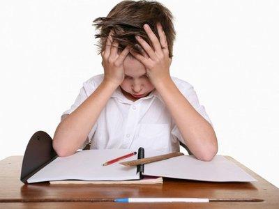 Niños con déficit de atención e hiperactivos deben tratarse