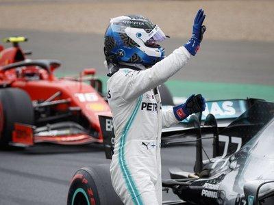 Bottas firma la 'pole' en Silverstone